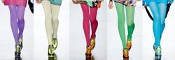Collage mit Modells in bunten Strumpfhosen