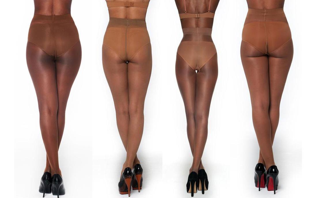 Vier dunkelhäutige Frauen in Nubian Skin Strumpfhosen