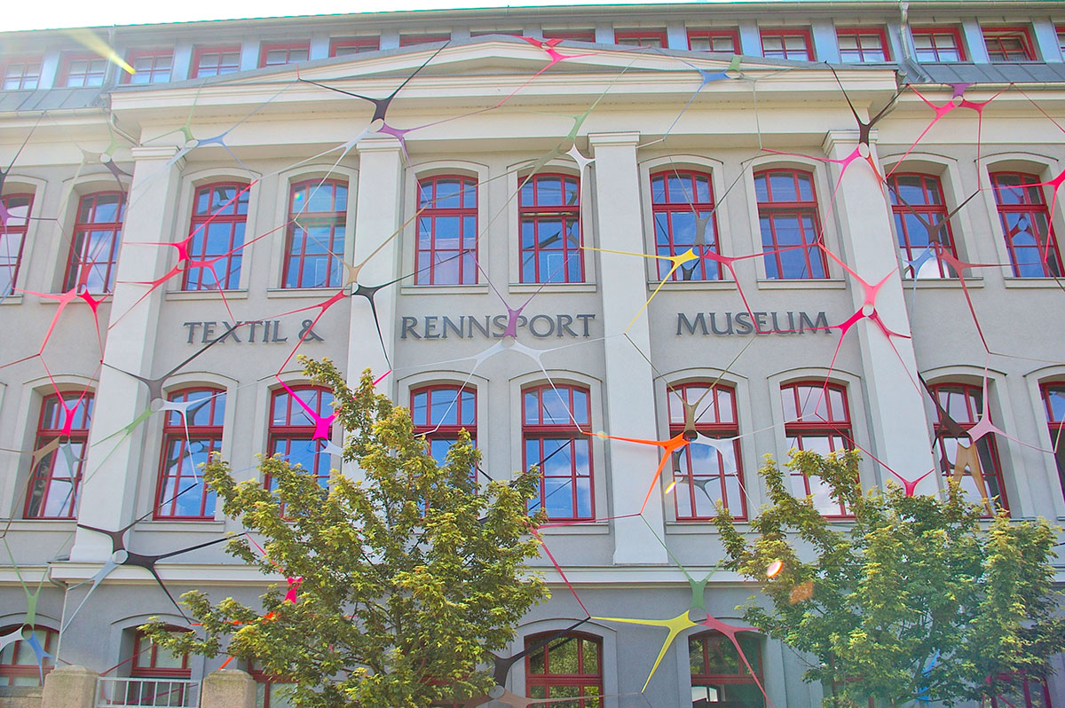 Strumpfhosen am Textil- und Rennsportmuseum